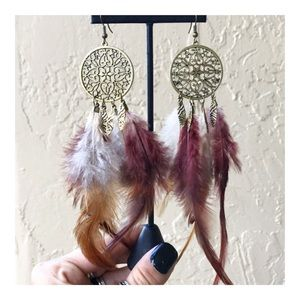Boho dangly burgandy white brown feather earrings